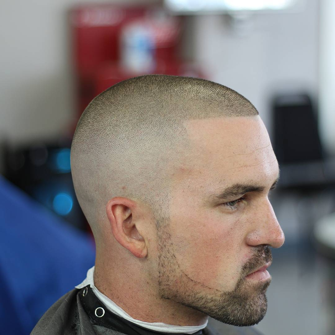 Military Haircuts : Best 40 High And Tight Haircuts For
