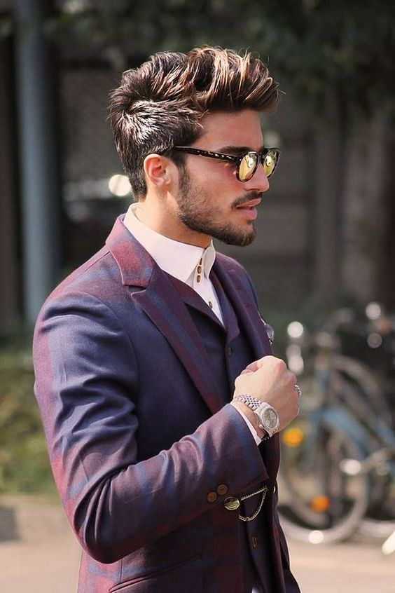 Gray and Undone Street Style Haircut