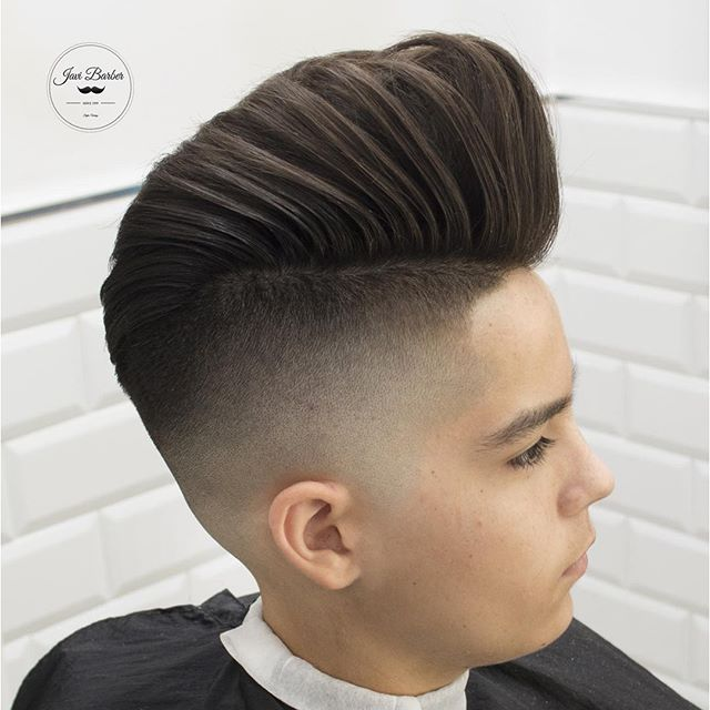 Massive Pomp With High Fade