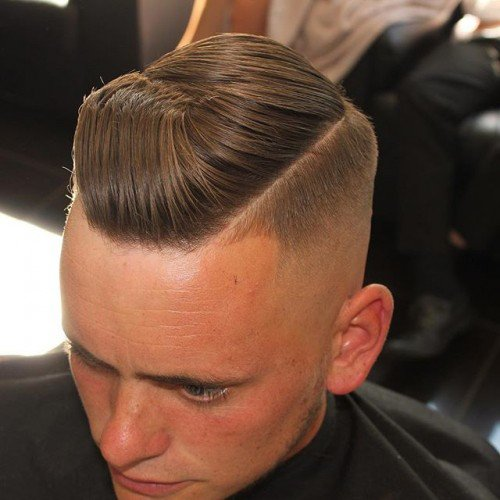 Skin Faded Disconnected Pomp