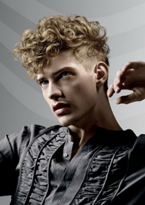 Men's Hairstyle with Curls