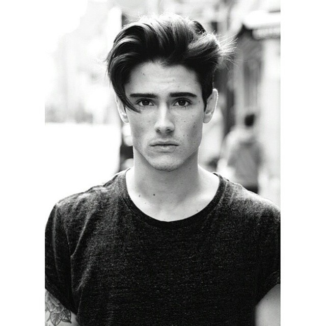 Best Medium Length Hairstyles And Haircuts For Men - Mens hairstyle 2015 quiff
