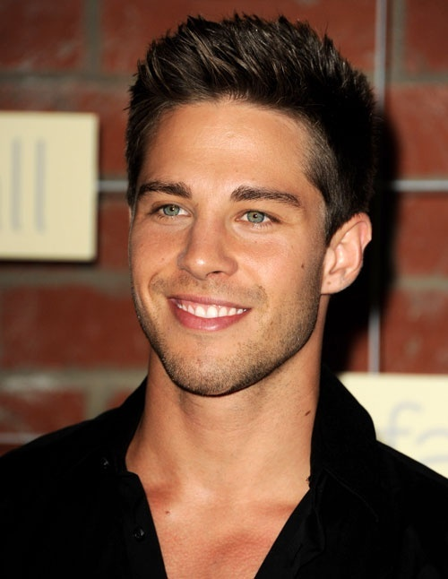 Hairstyles for Men - Layered Haircut Black Colored