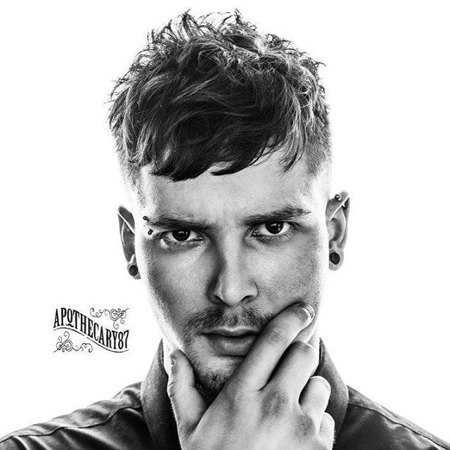 Messy Hairstyles 20 Best Mens Messy Haircut Styling It Atoz