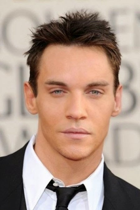 Messy Hairstyles 20 Best Men S Messy Haircut Styling It Atoz Hairstyles