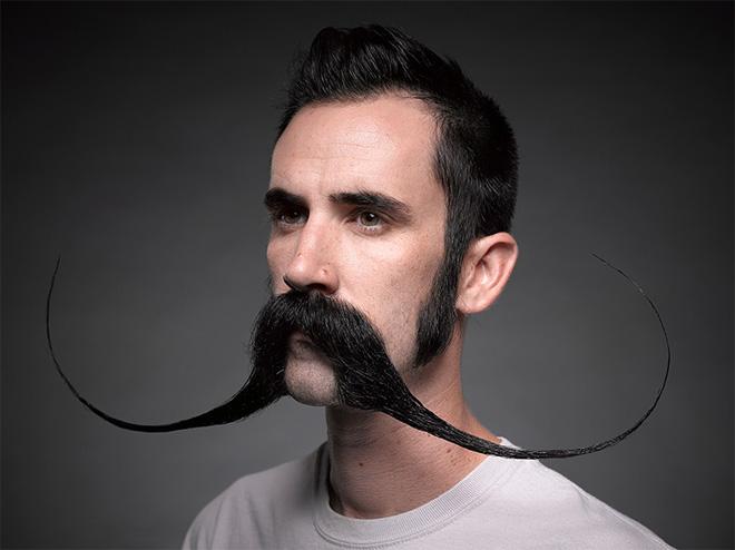 Dalí moustache style