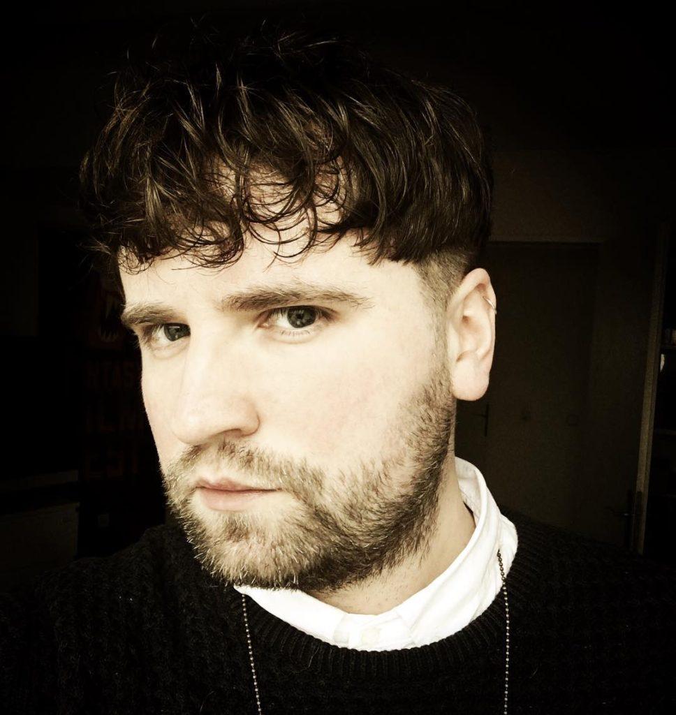 Mushroom Haircut 35 Best Bowl Cut Hairstyles For Men Atoz Hairstyles