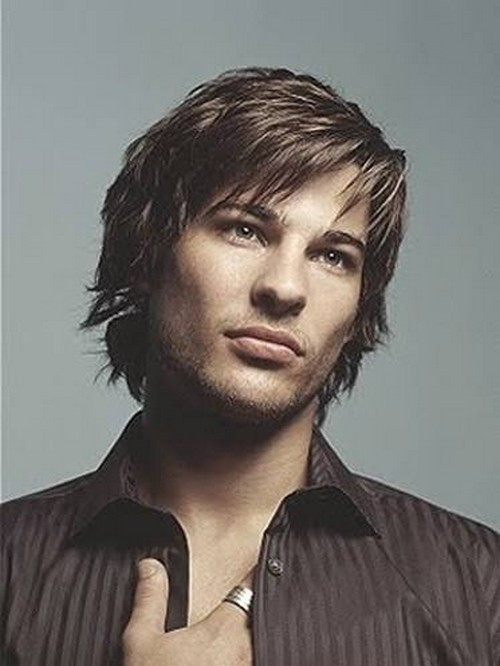 Best Men's Layered Hairstyles - Straight Layers