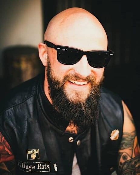 Shaggy-beard-with-chins-curtain