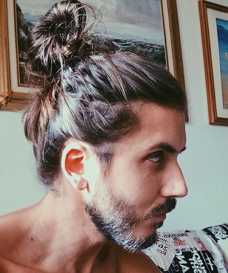 Man Bun 70 Best Man Bun Hairstyle And Top Knot Cuts