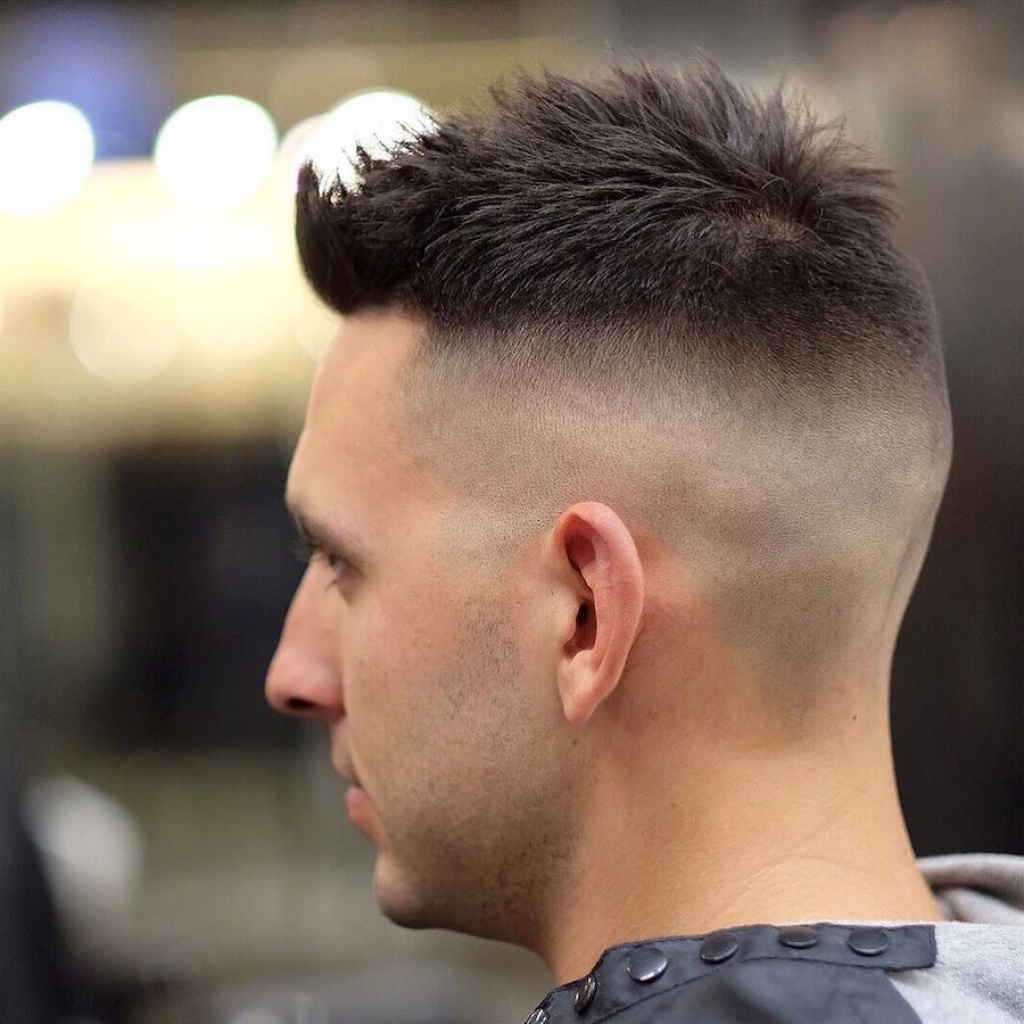 The side shaved short hair marine haircut