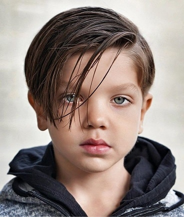 Long Side Swept Hairstyle for Guys
