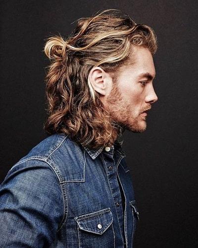 Long Wavy Hair Man Bun
