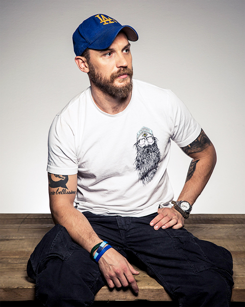 The tempting Tom Hardy beard style