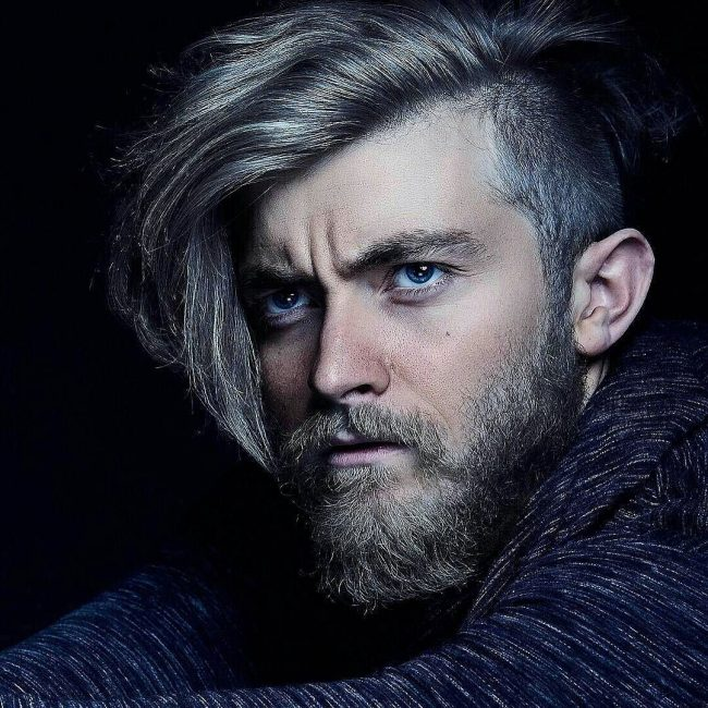 The sweet side swept gentleman hairstyle