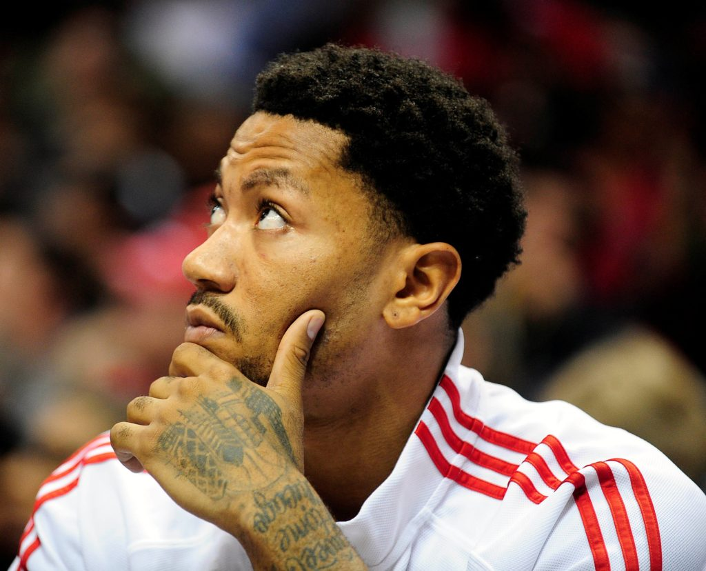 The Awesome and Fashionable Afro Derrick Rose Hairstyle