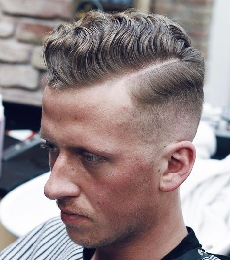 Wavy Hair Combover Shadow Fade