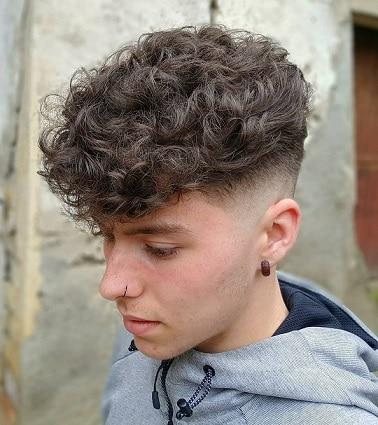 Wavy Hair Combover Shadow Fade