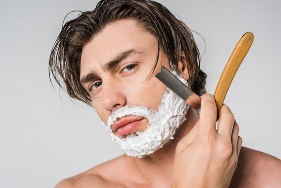 Man-Shaving-Straight-Razor