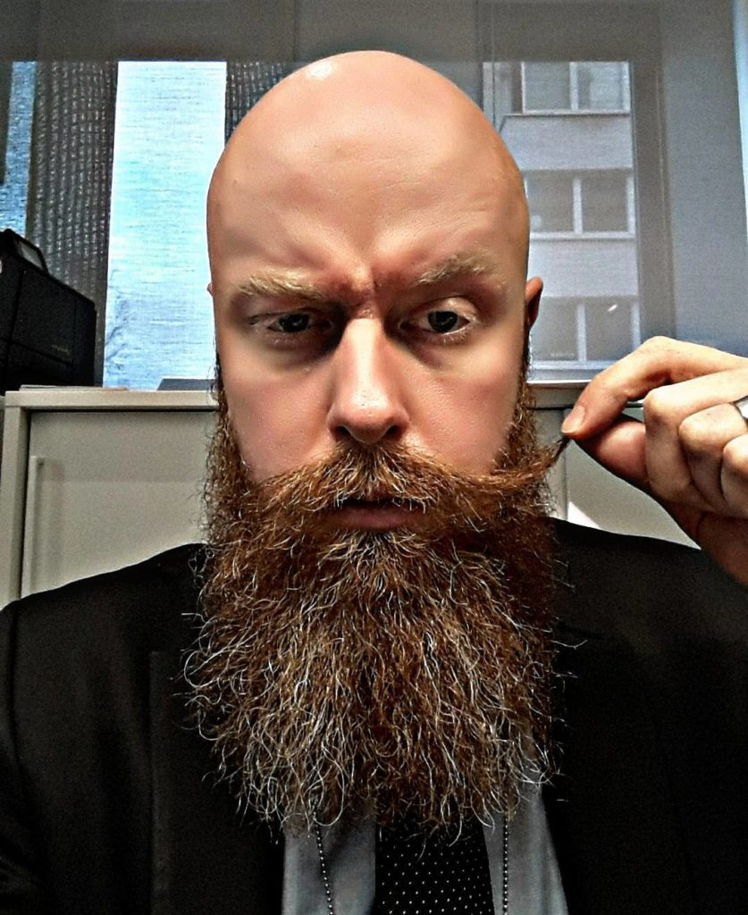 The bushy Viking bearded look