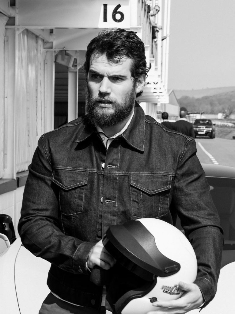 The Natural Cavill Beard Style