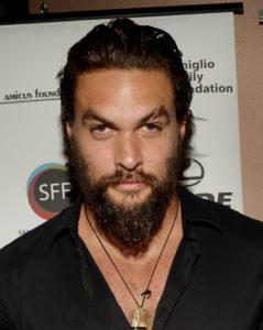 Wavy-long-hair-with-a-bushy-beard